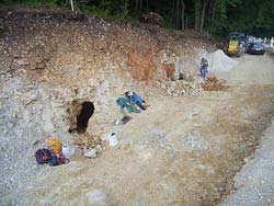 Einbruch bei Straßenbauarbeiten – Die Raindl-Höhle
